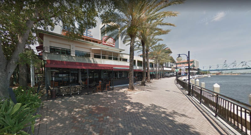 Gunman kills two then shoots himself at Florida video game competition