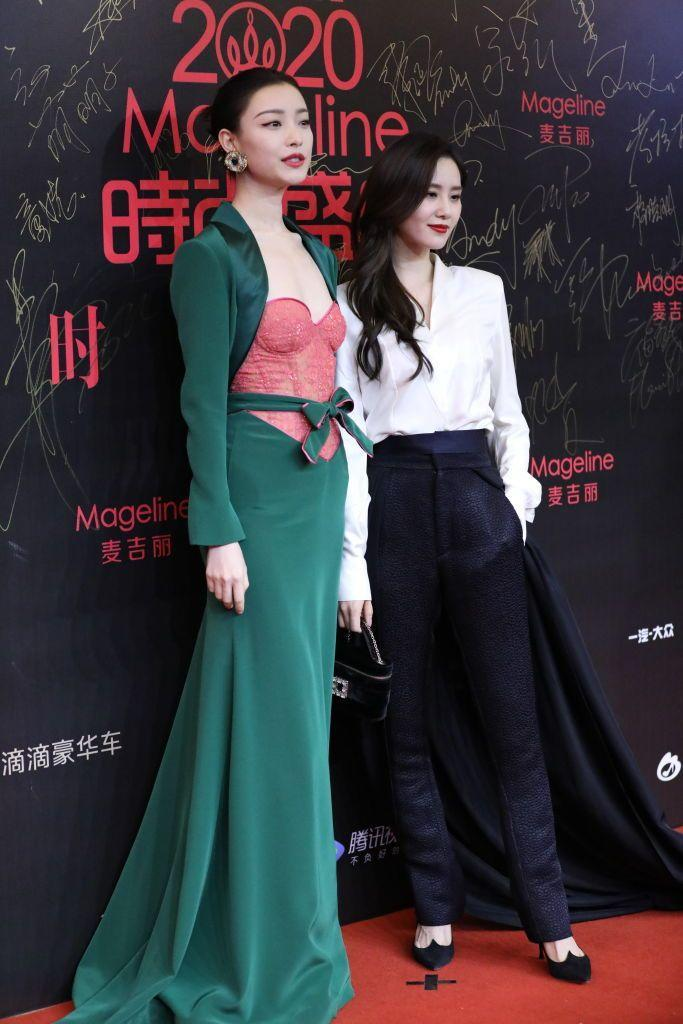 <p><strong>2 December </strong>Actress Ni Ni wore an elegant green Alexis Mabille design with a pink bow-tied corset, while Cecilia Liu Shishi opted for monochrome tailoring.</p>