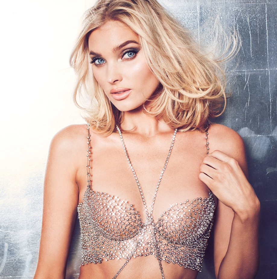 <p>Holding over 2,100 jewels of more than 71 carat and taking over 930 hours to create, this year's bra is valued at a cool $1million ($1.4m AUD). Photo: Victoria Secret </p>