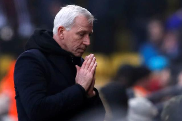 FILE PHOTO: Alan Pardew appointed manager of Dutch side Den Haag