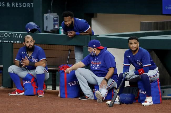Rangers reliever Martin on injured list because of COVID-19