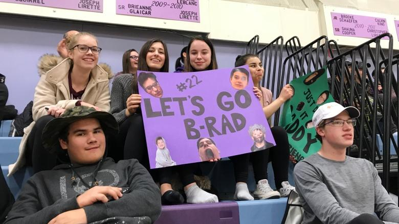 Basketball game celebrates Hay River educator's life, supports advocacy work
