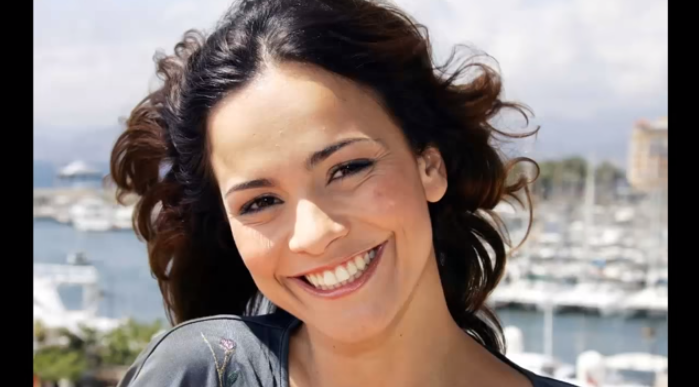 <p>Alice was born in Sao Paulo and just like her mother and her aunt, who were famous actresses then, she also made her mark as an actress. She starred in <i>City of God</i> in 2002, but the film did not fetch her fame. She then played the role of <i>Anna</i> in<i> I Am Legend</i> and ever since then there has been no looking back.</p>