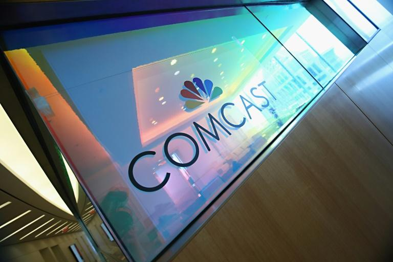 Comcast, which owns NBCUniversal and is the largest US cable TV operator, says it is preparing an all-cash offer for media-entertainment assets of 21st Century Fox to top an offer from Walt Disney Co