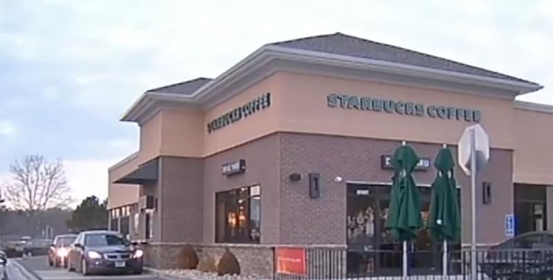 1,000 Customers in a Row at Connecticut Starbucks Pay for Orders of Person Behind Them