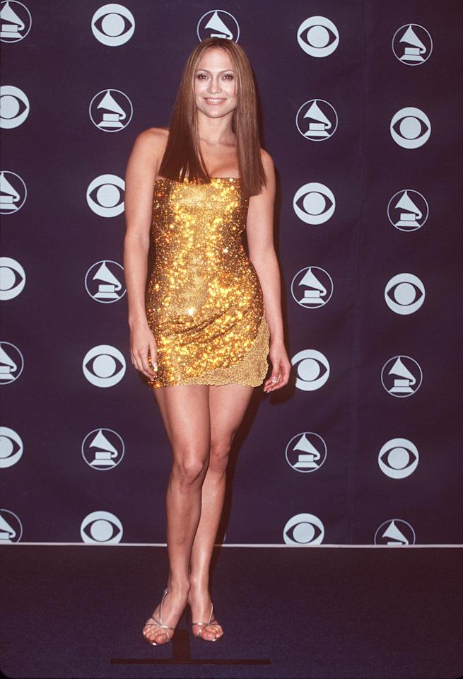 <p>Lopez attended the Grammy Awards in 1999 sporting a sleek hairstyle with bluntly cut ends.</p>
