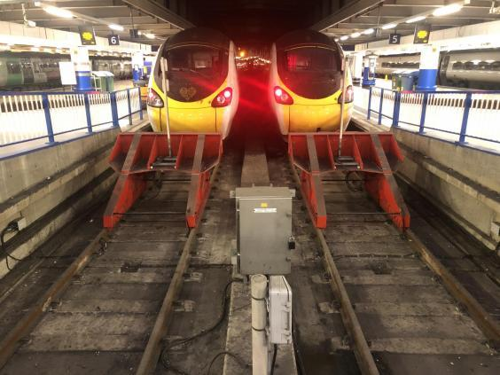 End of the line: the first Virgin Pendolino (390001, left) was the last to arrive at London Euston on 7 December 2019 (Simon Calder)