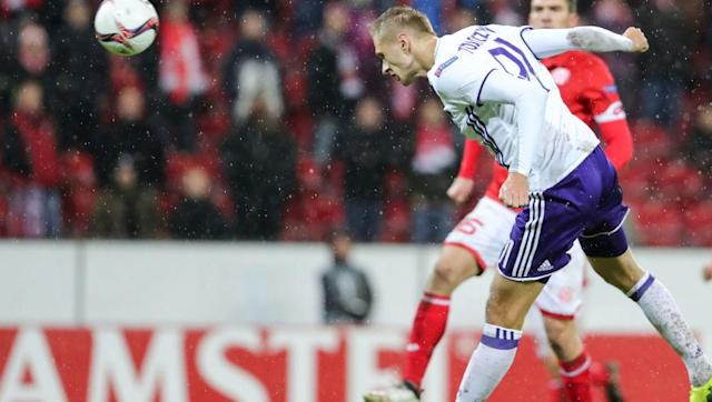 <p>United defender Eric Bailly will have a difficult task in stopping Anderlecht's Lukasz Teodorczyk over the two legs. </p> <br><p>The Poland international is their top goalscorer in the Europa League this term having scored five so far, the same number as Zlatan Ibrahimovic.</p> <br><p>The 25-year-old, who is on loan from Dynamo Kyiv, is renown for his hold up play and aerial ability. Bailly has enjoyed a relatively good first season since his arrival from Villarreal in the summer, but he will have to keep close tabs on the Anderlecht forward, especially from set pieces.</p>