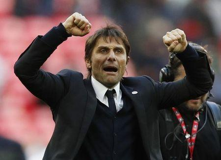 Chelsea manager Antonio Conte celebrates at the end of the match