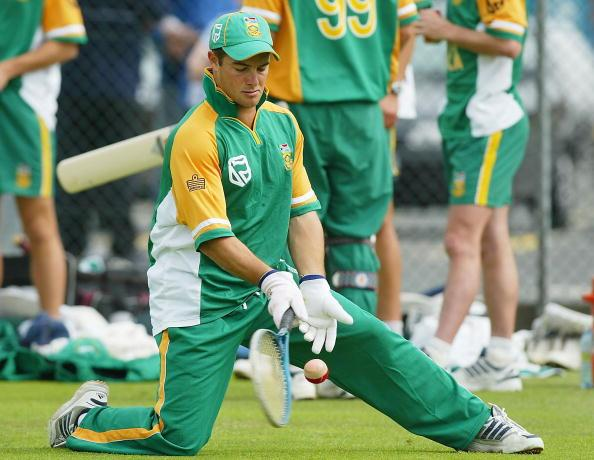 BIRMINGHAM, ENGLAND - JULY 7:  Mark Boucher of South Africa during the South African net practice prior to the NatWest Series match between England and South Africa at Edgbaston on July 7, 2003 in Birmingham, England. (Photo by Ben Radford/Getty Images)