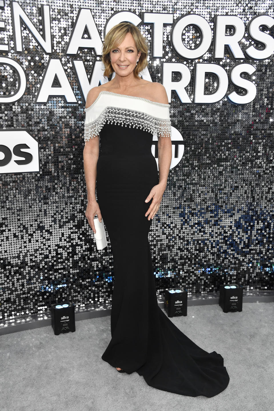 """The seven-time SAG Award winner and """"Bombshell"""" star looked elegant in black and white on the silver carpet."""