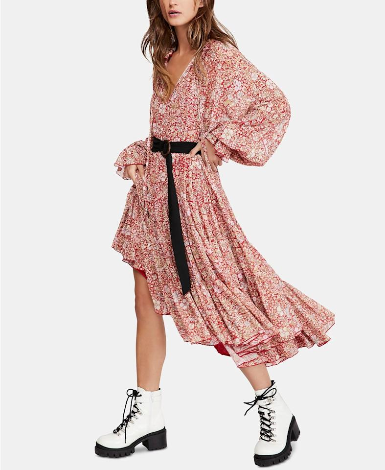 """<p>This <a href=""""https://www.popsugar.com/buy/Free-People-Feeling-Groovy-Maxi-Dress-490229?p_name=Free%20People%20Feeling%20Groovy%20Maxi%20Dress&retailer=macys.com&pid=490229&price=134&evar1=fab%3Aus&evar9=46612760&evar98=https%3A%2F%2Fwww.popsugar.com%2Ffashion%2Fphoto-gallery%2F46612760%2Fimage%2F46613210%2FFree-People-Feeling-Groovy-Maxi-Dress&list1=shopping%2Csale%20shopping%2Cmacys&prop13=mobile&pdata=1"""" rel=""""nofollow"""" data-shoppable-link=""""1"""" target=""""_blank"""" class=""""ga-track"""" data-ga-category=""""Related"""" data-ga-label=""""https://www.macys.com/shop/product/free-people-feeling-groovy-maxi-dress?ID=8924956&amp;CategoryID=10066#fn=sp%3D1%26spc%3D18227%26ruleId%3D78%7CBOOST%20ATTRIBUTE%7CBOOST%20SAVED%20SET%26searchPass%3DmatchNone%26slotId%3D52"""" data-ga-action=""""In-Line Links"""">Free People Feeling Groovy Maxi Dress </a> ($134, originally $168) is a great Fall piece.</p>"""