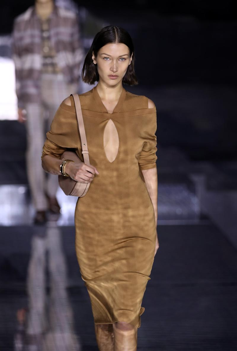 LONDON, ENGLAND - FEBRUARY 17: Bella Hadid walks the runway at the Burberry show during London Fashion Week February 2020 on February 17, 2020 in London, England. (Photo by Mike Marsland/WireImage)