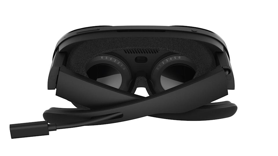 Image of the Diopter Lenses on the back of an HTC Vive Flow