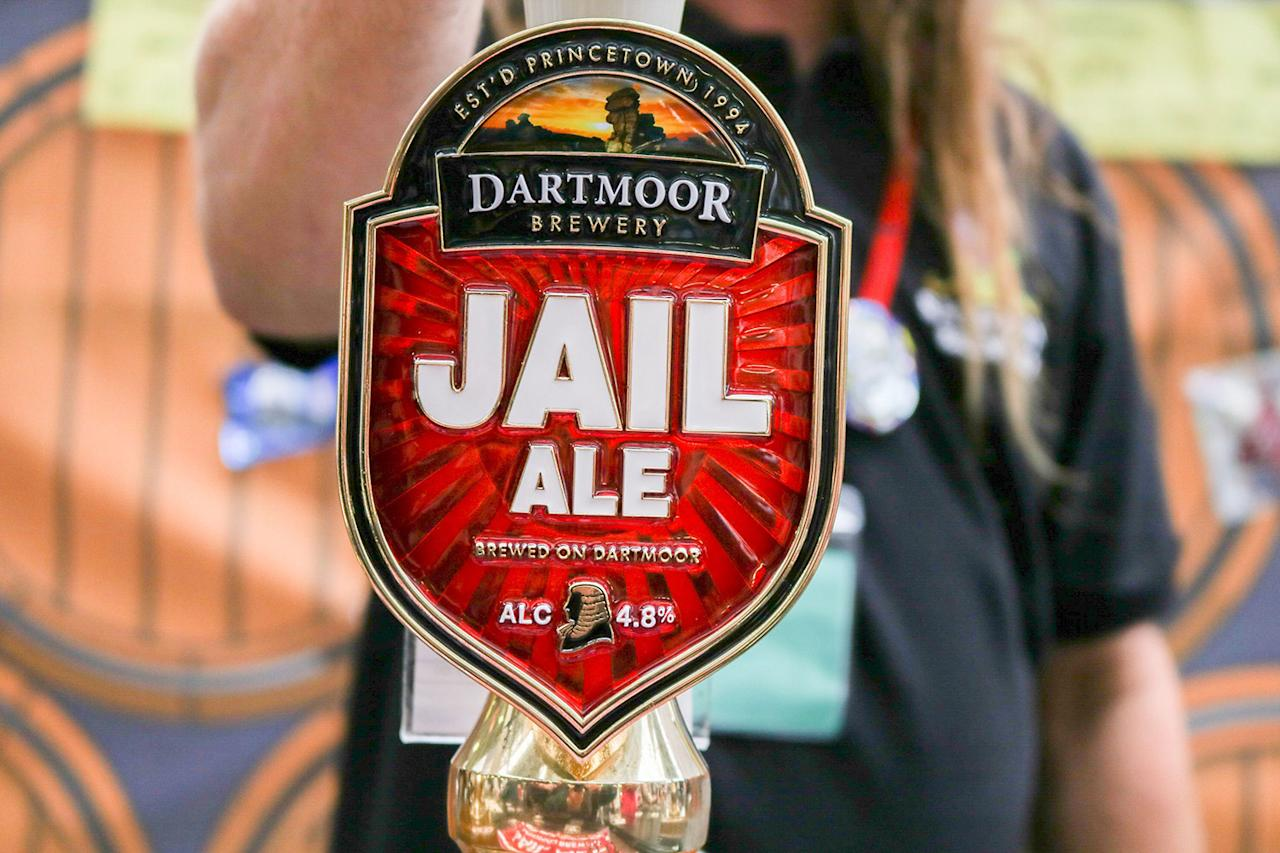 <p>Jail Ale is served at the Great British Beer Festival, August 8, 2017 in London, England. (Photo: Amer Ghazzal/REX/Shutterstock) </p>
