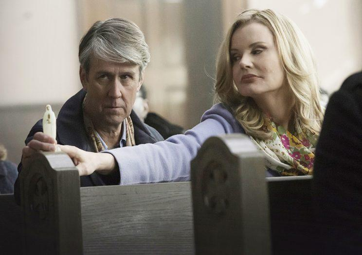Alan Ruck and Geena Davis in 'The Exorcist' (Credit: Chuck Hodes/Fox)