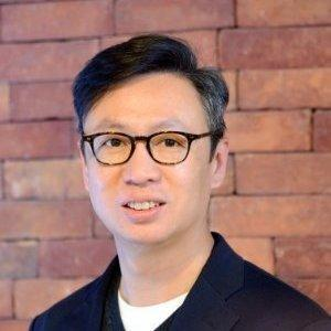Arthur Chow, CEO of 6waves
