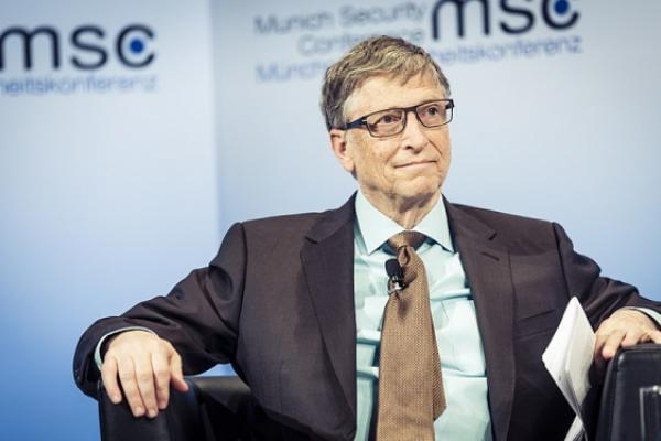 Bill Gates Might Vote Trump if Warren Is the Dems' Nominee
