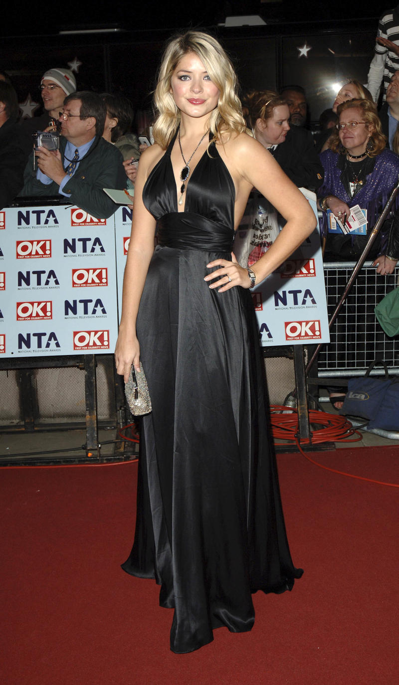 Holly Willoughby attending The National Television Awards 2006, Royal Albert Hall, London. 31st October 2006; Job : 17505 Ref : (Photo by Pat Sullivan/Photoshot/Getty Images)