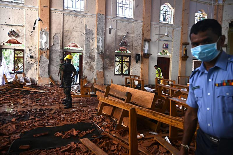 At least 290 are now known to have died in a series of bomb blasts that tore through churches and luxury hotels in Sri Lanka. Source: Getty Images
