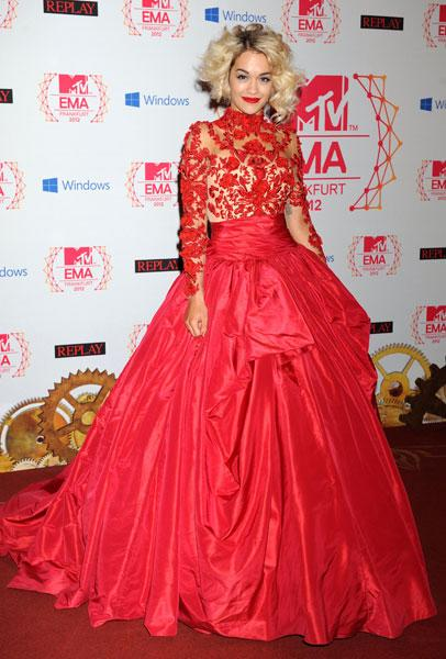 """<b>Rita Ora</b><br><br>The British singer stole the show at the <a target=""""_blank"""" href=""""http://uk.lifestyle.yahoo.com/photos/mtv-ema-awards-2012-best-and-worst-dressed-stars-slideshow/"""">MTV Europe Music Awards</a> (EMAs) in Frankurt this week in a red Marchesa AW12 gown, complete with lace bodice and oversized skirt. <br><br><b>[Related: <a target=""""_blank"""" href=""""http://uk.lifestyle.yahoo.com/mtv-ema-awards-2012-red-carpet--rita-ora-is-the-latest-star-to-dazzle-in-chic-lace-trend.html"""">MTV EMA Awards 2012 red carpet: Rita Ora is the latest star to dazzle in chic lace trend</a>]<br></b>"""