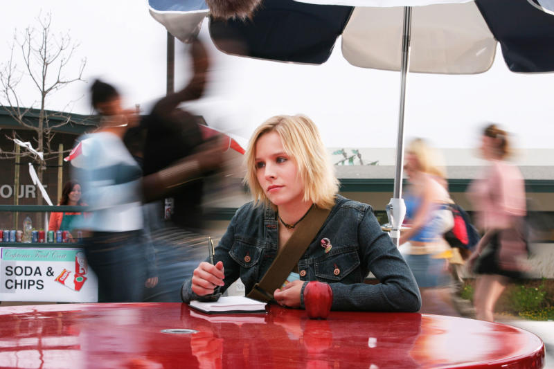 "FILE - This 2004 file photo originally released by UPN shows actress Kristen Bell in a scene from the teen detective series ""Veronica Mars.""  Creator Rob Thomas launched a Kickstarter campaign to fund a movie of his cult TV show, which was canceled after three seasons in 2007. It met its stated goal of raising $2 million in less than 11 hours, meaning it would be greenlit to begin shooting this summer.  (AP Photo/UPN, Scott Garfield)"