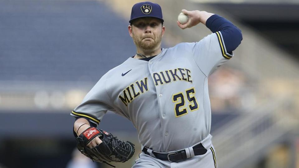 Brewers Brett Anderson front facing