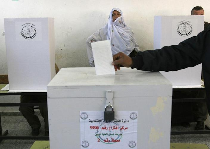 Hamas boycotted the last Palestinian municipal elections in 2012, but had been due to participate this year (AFP Photo/Pedro Ugarte)