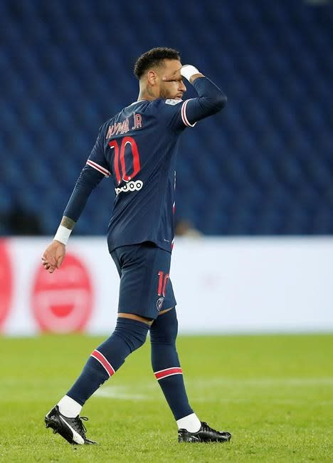 Neymar scores 2, PSG routs Angers 6-1 in French league