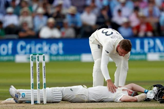 Steve Smith was felled on Saturday and withdrew from the second Test on Sunday (AFP Photo/Adrian DENNIS)