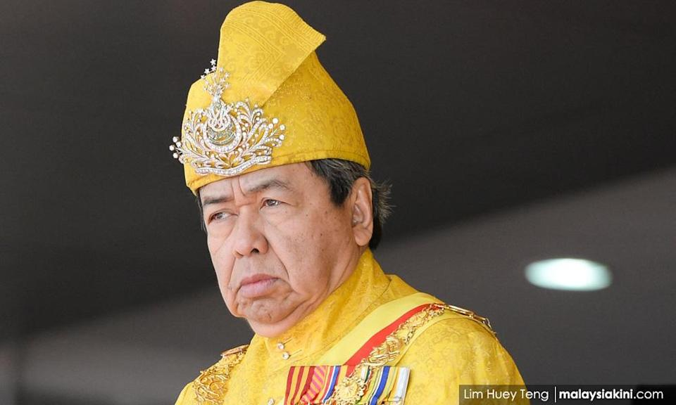 S'gor sultan: I can't hide my sadness and disappointment over political turmoil