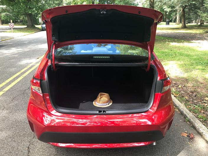 """Trunk space a decent, but anybody who hauls a lot of stuff should look elsewhere. <p class=""""copyright"""">Matthew DeBord/Insider</p>"""