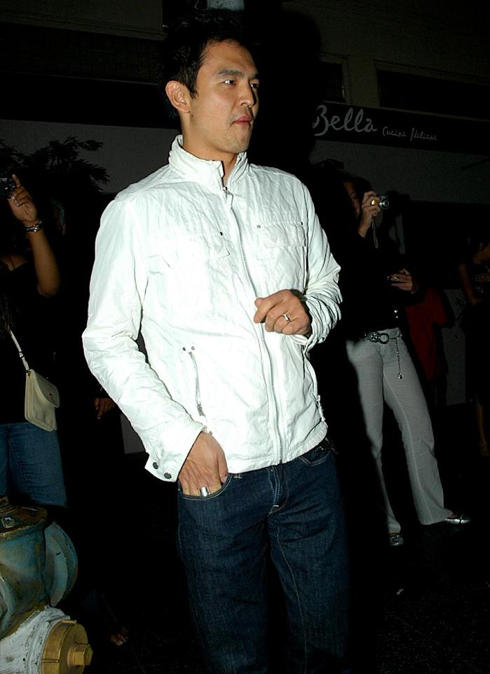 "Is John Cho jonesing for some White Castle? G Hollywood/<a href=""http://www.splashnewsonline.com"" target=""new"">Splash News</a> - June 9, 2007"