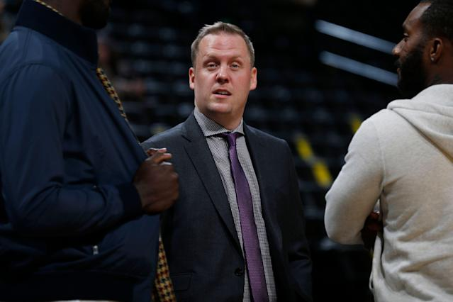"<a class=""link rapid-noclick-resp"" href=""/nba/teams/denver/"" data-ylk=""slk:Denver Nuggets"">Denver Nuggets</a> general manager Tim Connelly in the first half of an NBA basketball game Tuesday, Dec. 8, 2015, in Denver. (AP Photo/David Zalubowski)"