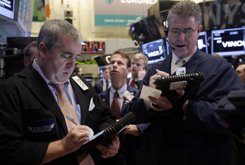 Stocks fall on disappointing Thanksgiving sales
