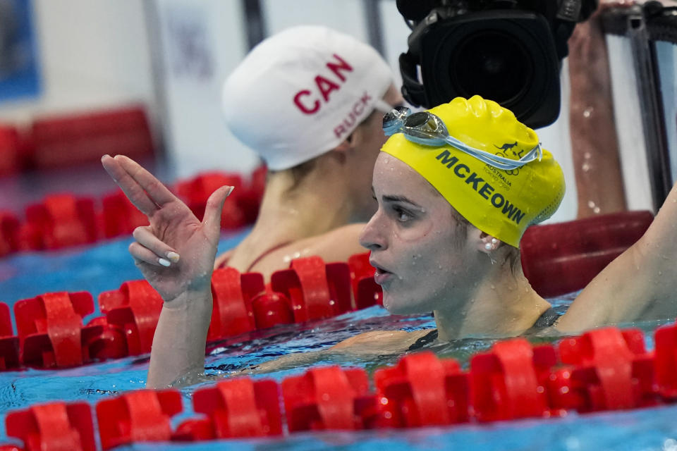 Kaylee Mckeown, of Australia, celebrates after winning the gold medal in the women's 200-meter backstroke final at the 2020 Summer Olympics, Saturday, July 31, 2021, in Tokyo, Japan. (AP Photo/David Goldman)