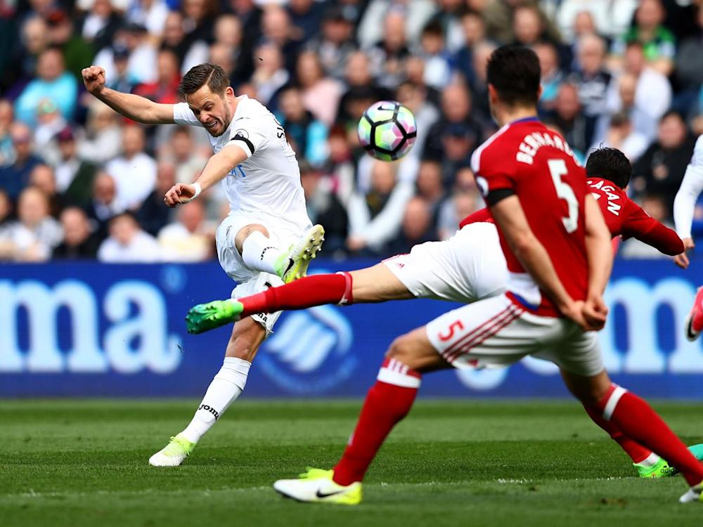 Gylfi Sigurdsson couldn't find a winner for the home side (Getty)