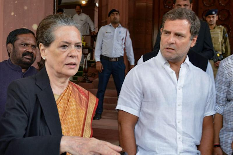 Sonia and Rahul Gandhi to Miss Start of Parliament Session as Cong Chief Flies to US for Medical Check-up