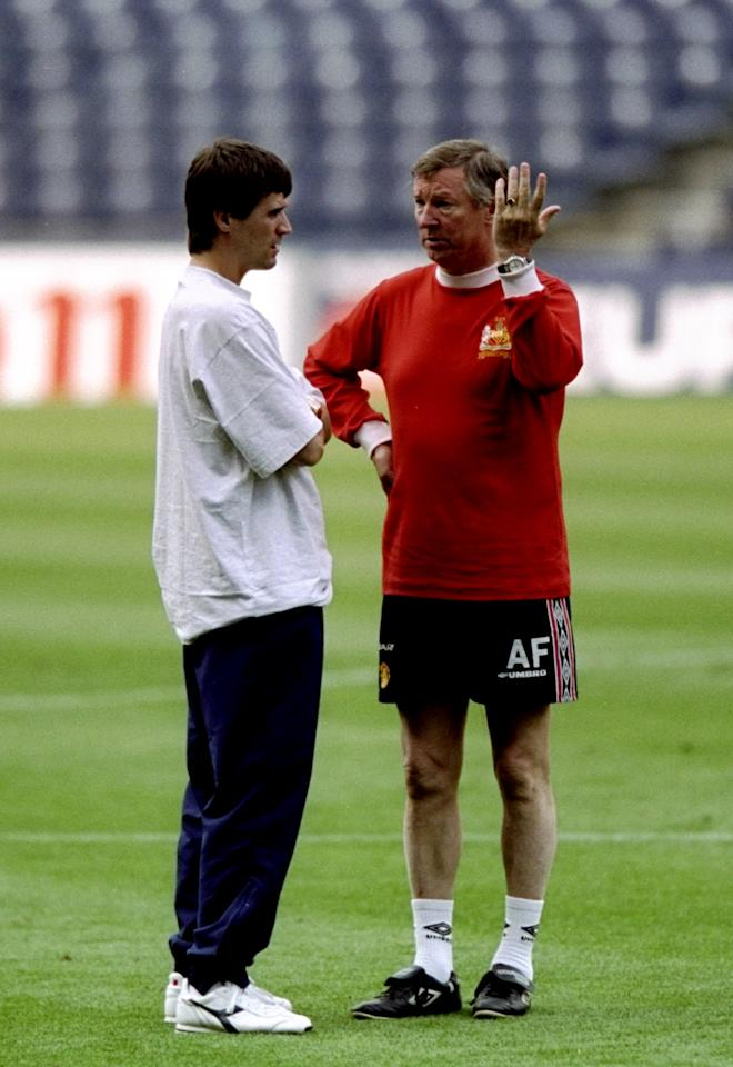 25 May 1999:  Manchester United manager Alex Ferguson talks to suspended captain Roy Keane during training for the UEFA Champions League final against Bayern Munich at the Nou Camp in Barcelona, Spain. \ Mandatory Credit: Ross Kinnaird /Allsport