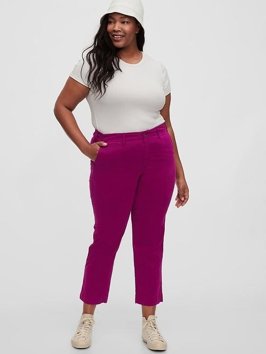 <p>The beautiful peony color of these <span>Gap Straight Khakis</span> ($39, originally $60) make them the perfect statement pants!</p>