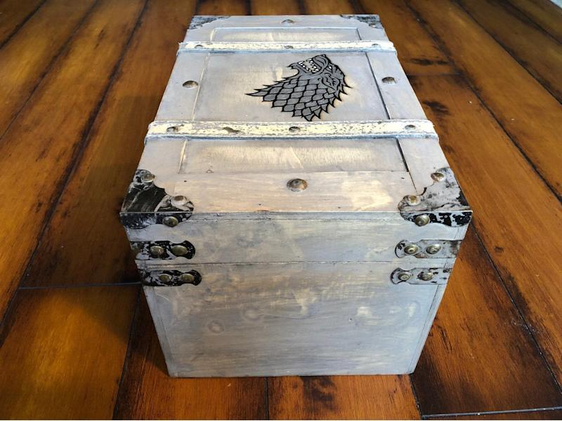Game of Thrones House Stark Box (Photo: Etsy)