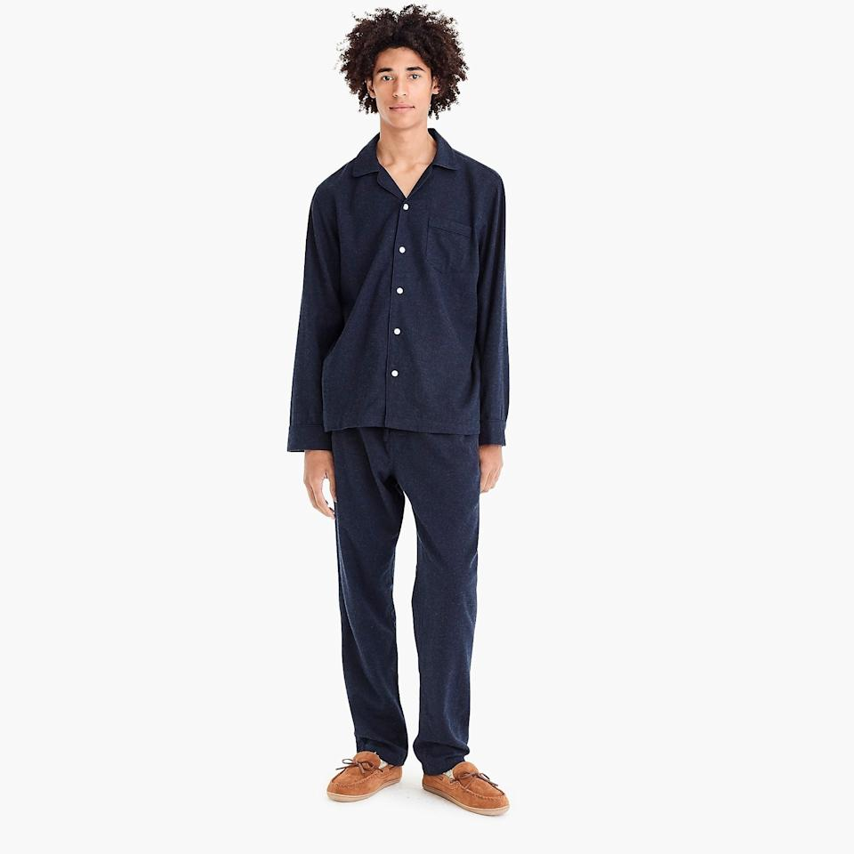 """<h2>J. Crew Heathered Flannel Pajama Set</h2> <p>Matching Christmas <a rel=""""nofollow"""" href=""""https://www.brides.com/gallery/bridal-pajama-sets?mbid=synd_yahoo_rss"""">pajamas</a> may not be a holiday tradition he's on board with (yet), but that doesn't mean you can't still contribute to his nightwear collection for your husband's holiday gift (just steer clear of snowflake motifs). Made from cozy cotton, chilly winter nights will be no match against this sharp set.</p> <p>SHOP NOW: <a rel=""""nofollow"""" href=""""https://www.jcrew.com/p/mens_feature/giftguide/forgettingcozy/heathered-flannel-pajama-set/B4941?color_name=hthr-indigo"""" rel=""""nofollow"""">J. Crew</a>, $89.50</p>"""