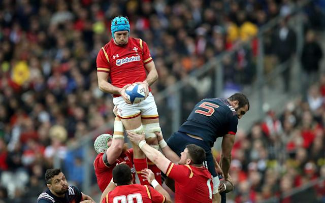<span>Justin Tipuric claims line out ball</span> <span>Credit: Byrne/INPHO/REX/Shutterstock </span>