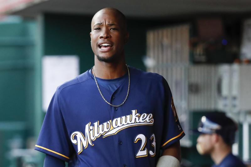 Brewers trade Keon Broxton to Mets