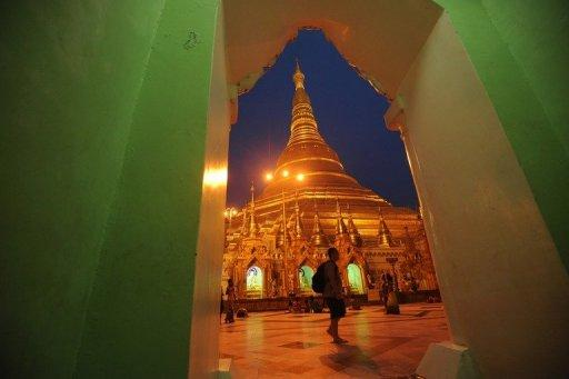 International arrivals to Myanmar have rocketed, with almost 365,000 foreigners jetting into the main city Yangon in 2011, up 22 percent on the previous year and almost double the figure for 2003, industry figures show