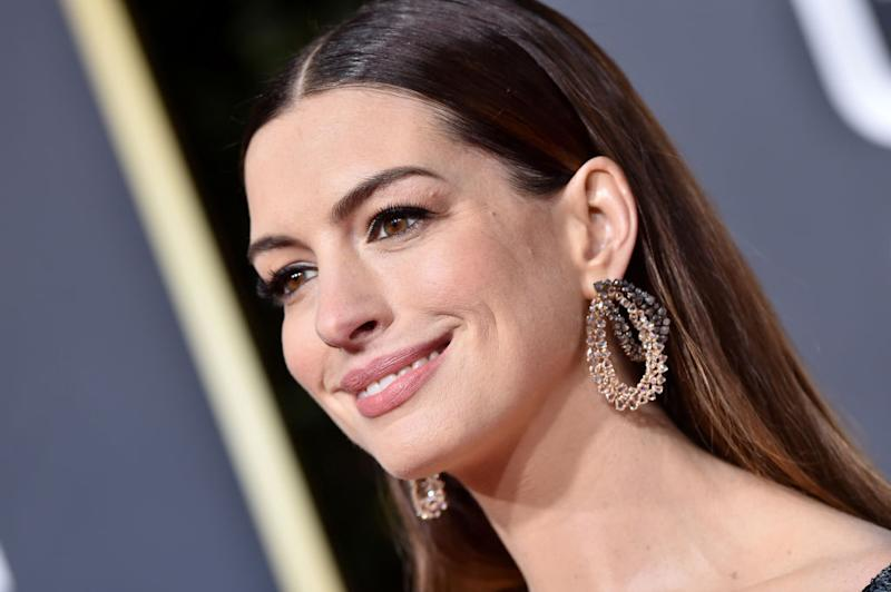 Anne Hathaway says she's quitting drinking for the next 18 years