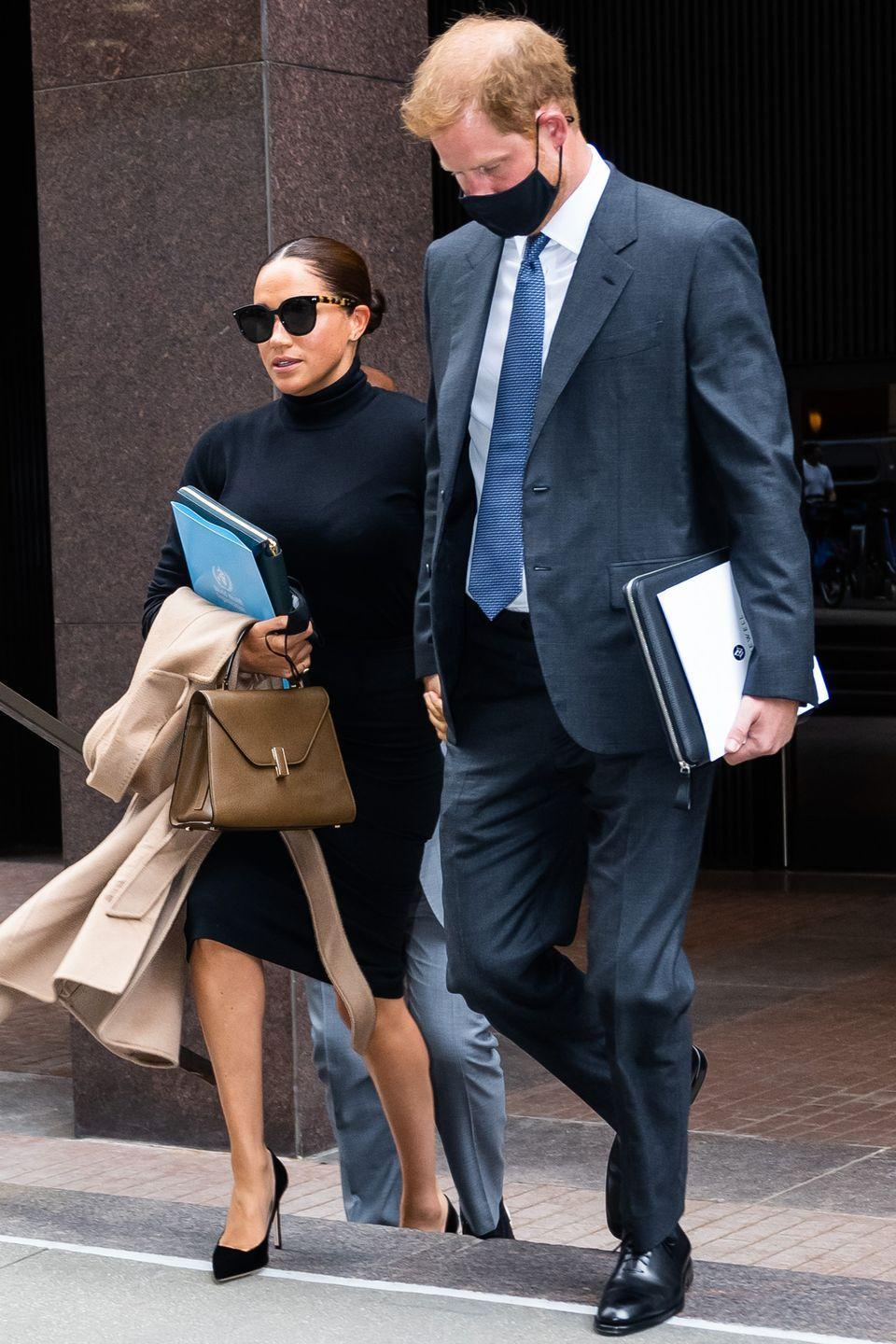 <p>The couple looked chic as they travelled between meetings during their tour. </p>