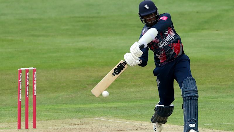 Kent Spitfires sweep aside winless Essex Eagles to remain top in South Group