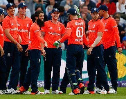 English players during the ICC World T20 in 2016