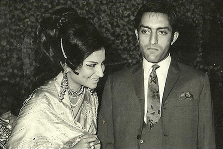 <p>A relationship that stood the test of time. Sparks flew between the Nawab and the actress when they first met in Delhi in 1965. After four years of wooing, Sharmila finally said 'yes'. </p>